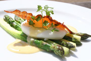 Asparagus, poached egg and Hollandaise sauce