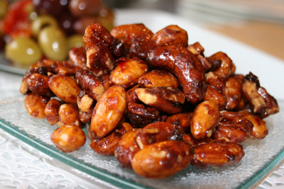 Honey & chilli glazed nuts